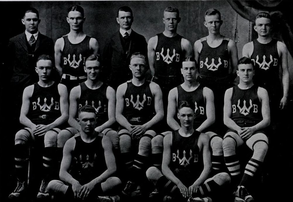 1Feb1919/BasketballSquad.jpg